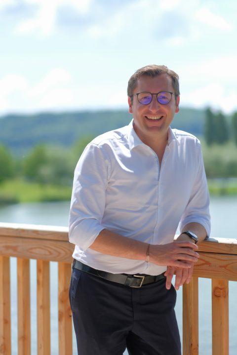 """Alain Chrétien, Maire de Vesoul""""Je souhaite que ces jeunes gardent à l'esprit que Vesoul est une ville ouverte et accueillante"""""""